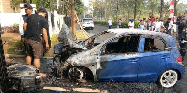 Power Bank Tercolok di Lighter, Mobil Warga Bekasi Terbakar