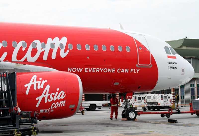 Tabrak Burung, Pesawat Air Asia Tujuan Malaysia Mendarat Darurat