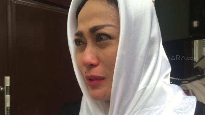 Demi Sisca Dewi, Mbah Mijan Gelar Ruwatan