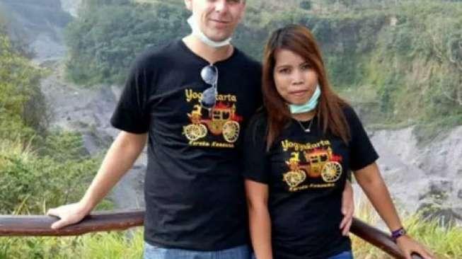 Pemuda Belanda ke Indonesia untuk Sunat, Alasannya Sungguh Romantis....