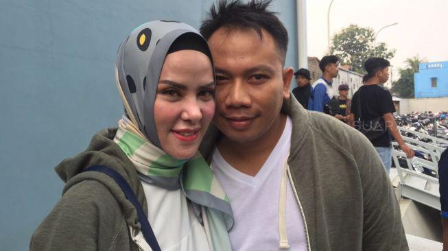 Detik-detik Vicky Prasetyo Menangis Ditanya Soal Angel Lelga