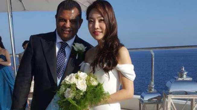 Bos Air Asia Resmi Menikah