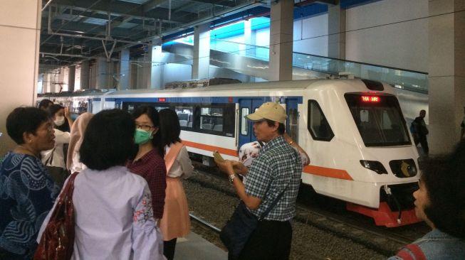 Kemenhub Luncurkan 4000 Voucher KA Bandara Soekarno-Hatta
