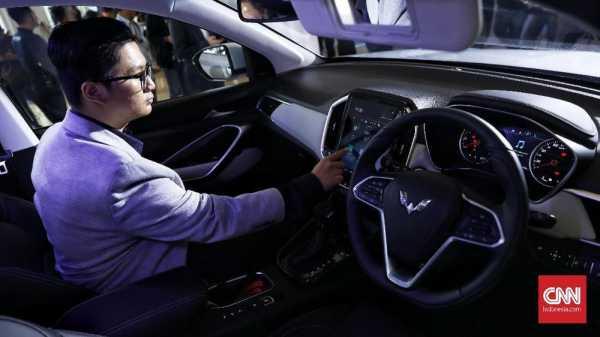 Mobil-mobil yang Kena Sentil Pembatasan Media Sosial