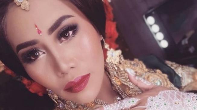 Mahar Pernikahan Evi Masamba Dikira Rp 88 Miliar
