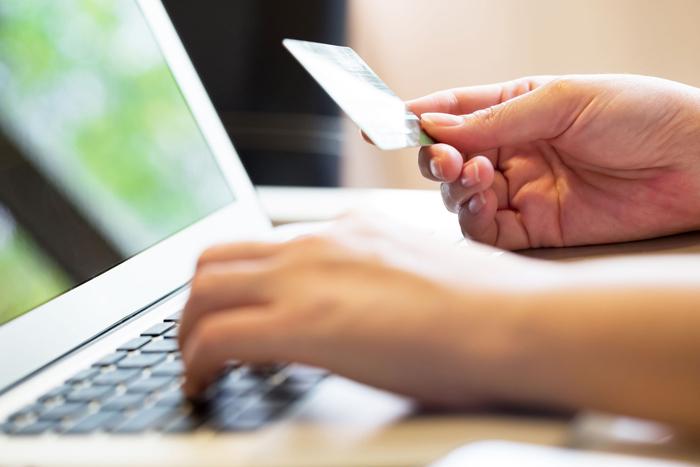 Cara Bisnis Online dan Offline Menurut Pakar Ekonomi