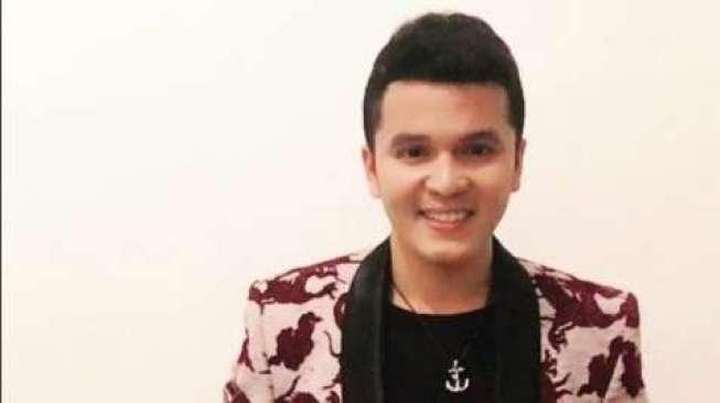 Pedangdut Juan Rahman Ketipu Beli Alphard Rp1,1 Miliar