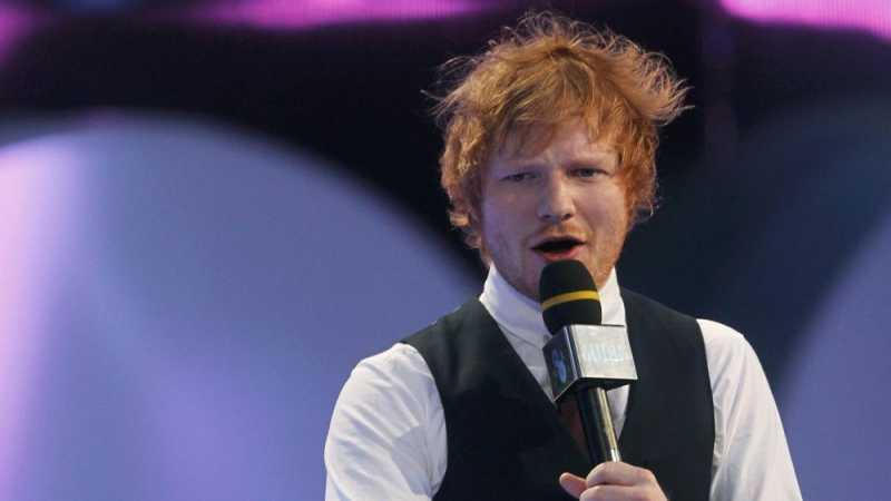 Ed Sheeran Isyaratkan Telah Menikah dengan Cherry Seaborn