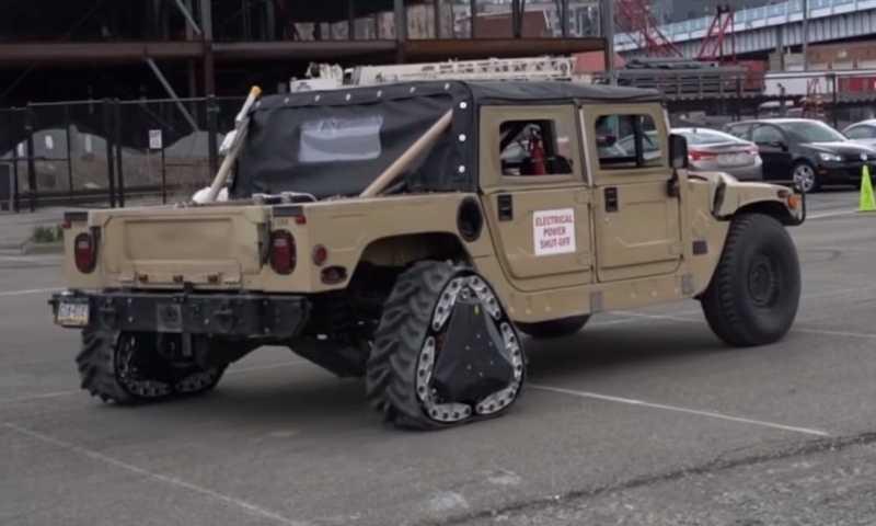 Anti-mainstream, Kendaraan Militer Amerika Pakai Roda Segitiga