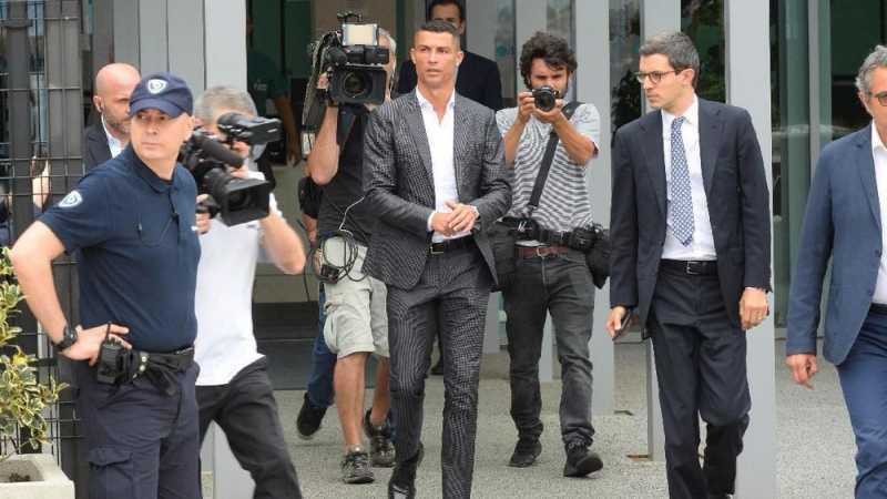 Napoli Pernah Ditawari Cristiano Ronaldo