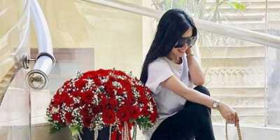 5 Kacamata Mahal Syahrini yang Harganya Bikin Jantungan
