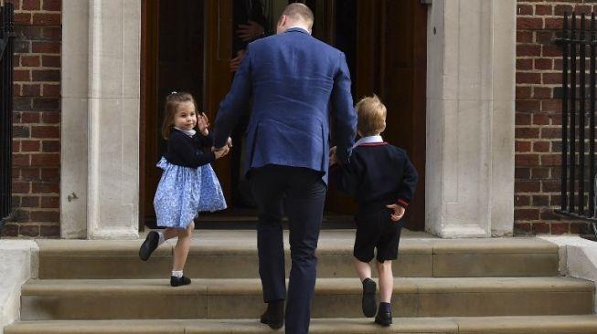 So Sweet, Pangeran William Belajar Kuncir Kuda Dari YouTube