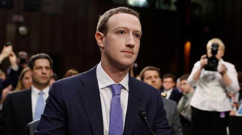 Bos Facebook buatkan Kotak Tidur untuk Sang Istri