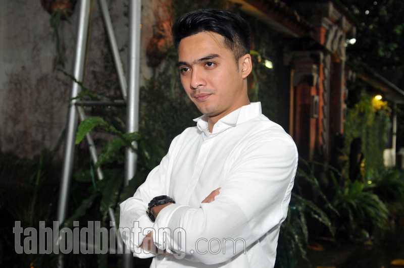 Berhijrah, Ricky Harun Mendadak Dipanggil Pak Haji