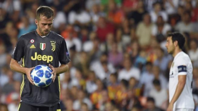 Ronaldo Diusir Wasit, Pjanic Syok