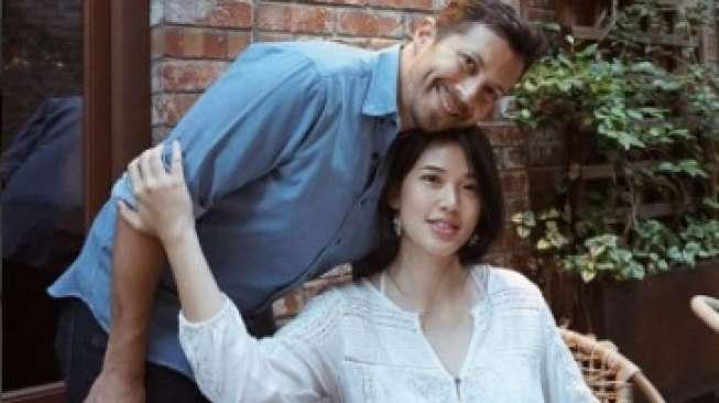 Pica Priscilla Umbar Foto Ciuman dengan Suami, Baim Wong Cemburu