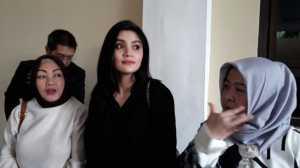 Kriss Hatta Resmi Ditahan, Hilda Vitria : Orang Baik Pilih Diam!