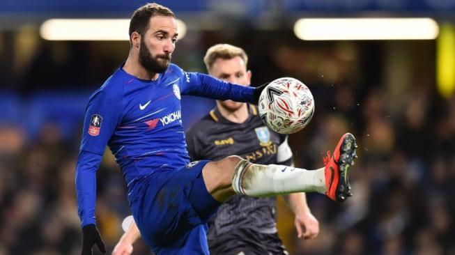 Hasil Putaran Keempat Piala FA Tadi Malam: Higuain Debut Bersama Chelsea