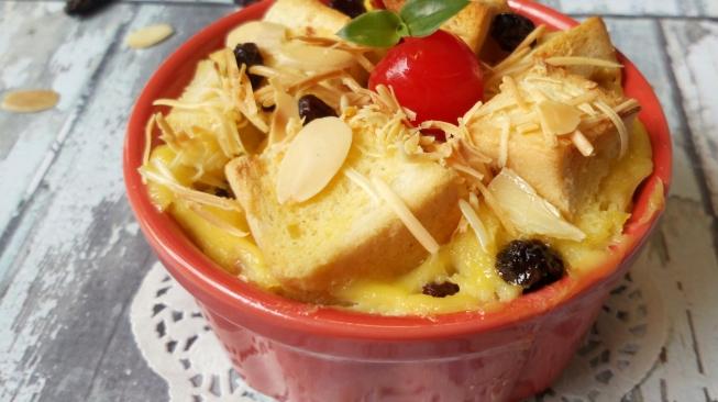 Cara Gampang Bikin Puding Roti Spesial Ramadan