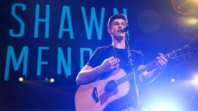 Siap-siap! Shawn Mendes Mau Konser di Indonesia