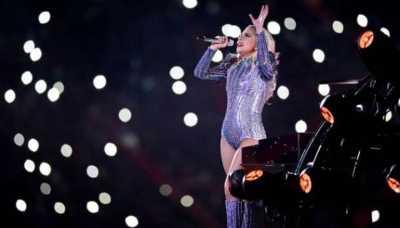 Perut Lady Gaga Jadi Bahan Olok-olok di Sunday`s Super Bowl
