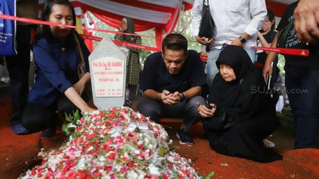 Terbuka untuk Umum, Tahlilan BJ Habibie Dilakukan 40 Hari Berturut-turut