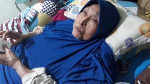 Aminah Cendrakasih Bebas Makan Durian dan Daging Kambing di Usia 81