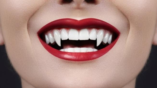 Gemar Cerita Mistis, Perempuan Ini Ngaku Vampir Saat Kencan