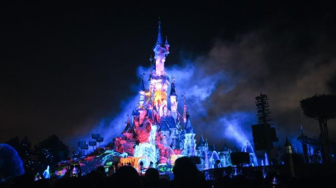 Kastil Cinderella Bisa Dipakai Menginap Tamu Disneyland