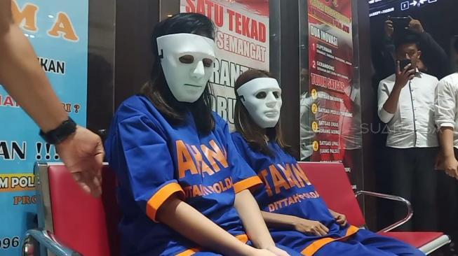 Terungkap! Mucikari: Vannesa Angel dan Avriellya yang Minta Tolong Cari Pelanggan