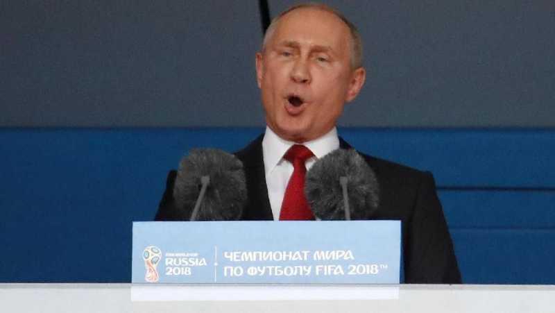 Buka Piala Dunia, Rusia-Arab Bahas Kelanjutan Produksi Minyak