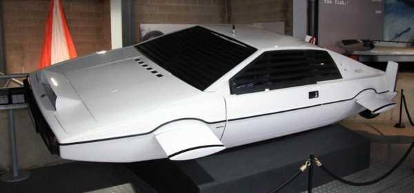 Tesla Bikin Mobil Listrik Mirip Punya James Bond