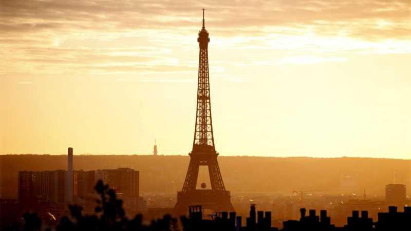 Deretan Menara Kembaran Eiffel di Penjuru Dunia