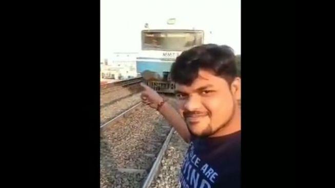 Studi: 259 Orang Tewas saat Selfie, Terbanyak di India