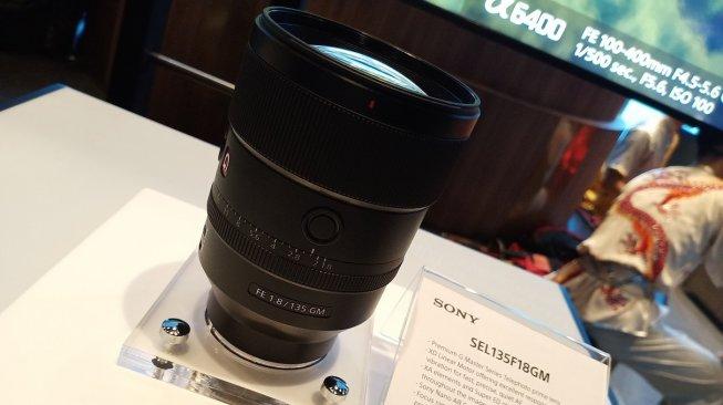 Sony Perkenalkan Lensa Tele Anyar dengan Efek Bokeh Menawan