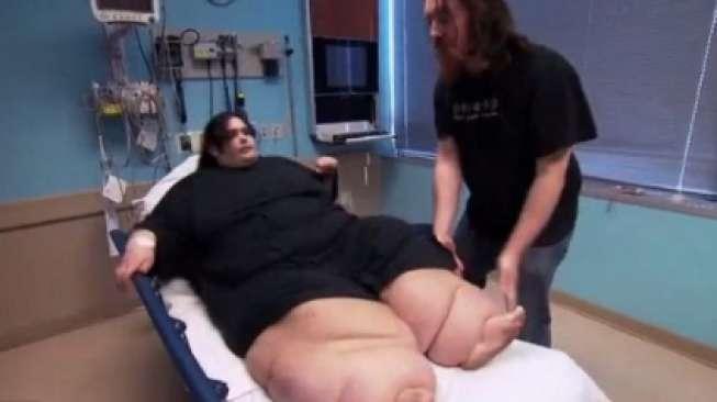 Perempuan Ini Turunkan Berat Badan Secara Drastis, Caranya?