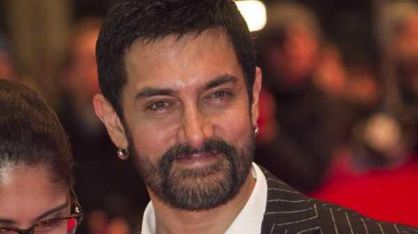 Aamir Khan Ketahuan Naik Pesawat Kelas Ekonomi, Penggemar Heboh