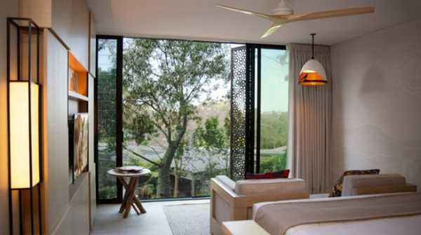 Hotel di Tengah Kebun Binatang, Bisa Tidur dengan Koala