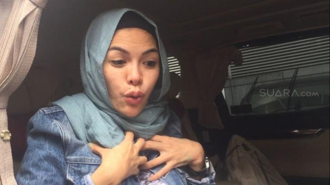 Jadi TSK, Nikita Mirzani Laporkan Balik Sajad Ukra Besok