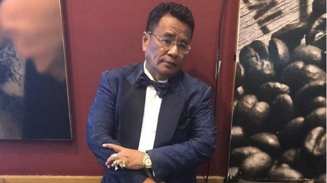 Pengacara Tajir Melintir, Dompet Hotman Paris Butut dan Berjamur