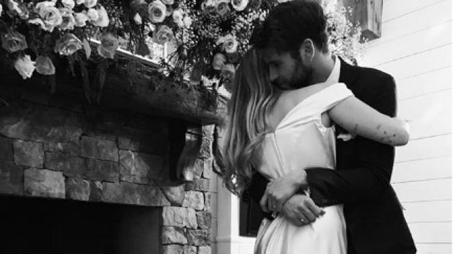 Ini 3 Alasan Pernikahan Miley Cyrus dan Liam Hemsworth hanya Seumur Jagung