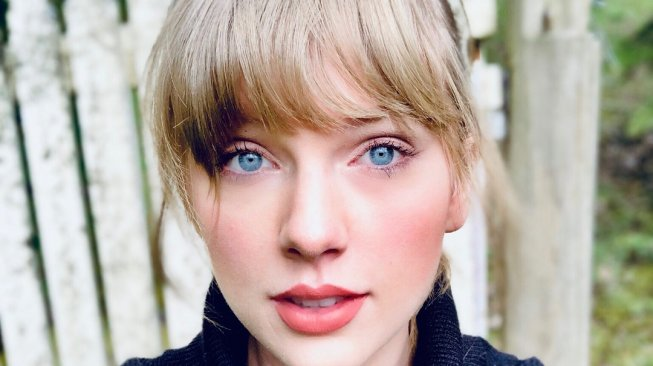 Terungkap Penyebab Taylor Swift Gugat Microsoft