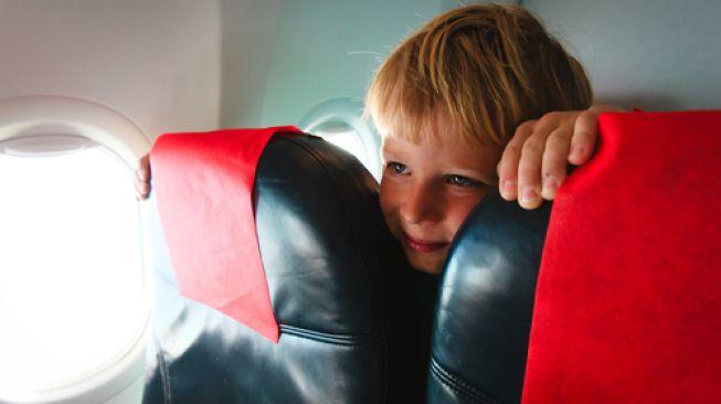 Zona Bebas Anak di Pesawat Terbang Mungkinkah Diterapkan?