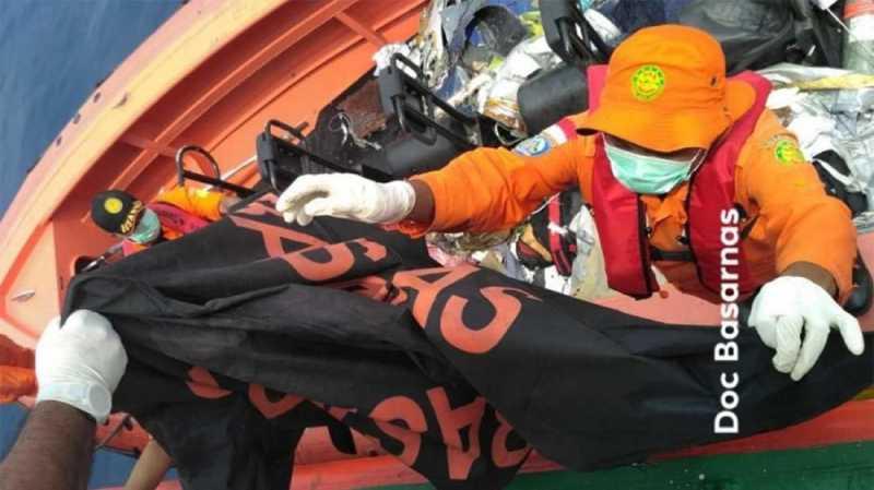 KTP dan Kartu BPJS Ditemukan di Lokasi Jatuh Lion Air JT-610