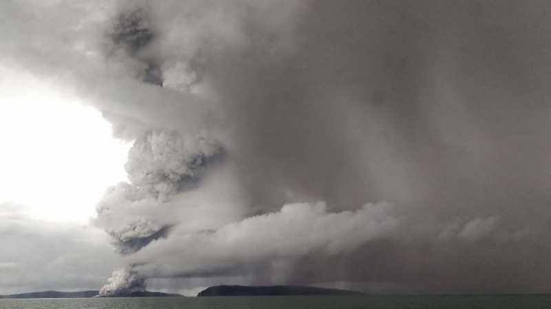 Kisah Nekat Windi di Pusaran Jarak Tembak Anak Krakatau
