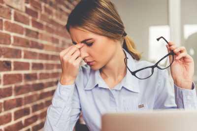 5 Tanda Pekerjaan Anda Buruk Bagi Kesehatan