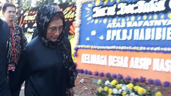 Menteri Susi Kenang Pesan BJ Habibie Usai Tenggelamkan Kapal di Batam