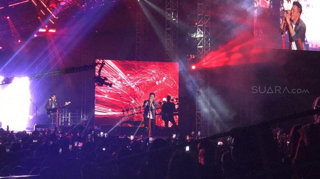 NOAH Konser Perdana Tanpa Uki di Project X