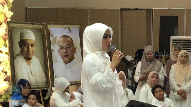 Syahrini Turut Berduka atas Kepergian Ani Yudhoyono