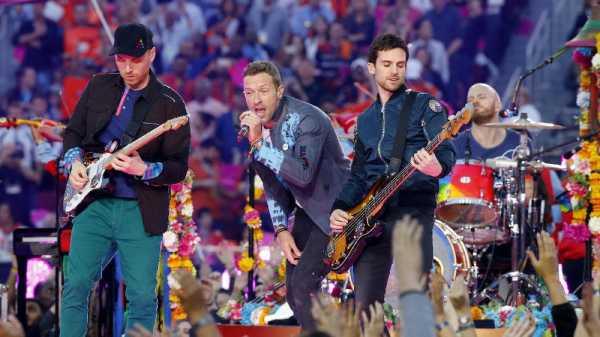 Ultah ke-20, Coldplay Rilis Buku Life in Technicolor